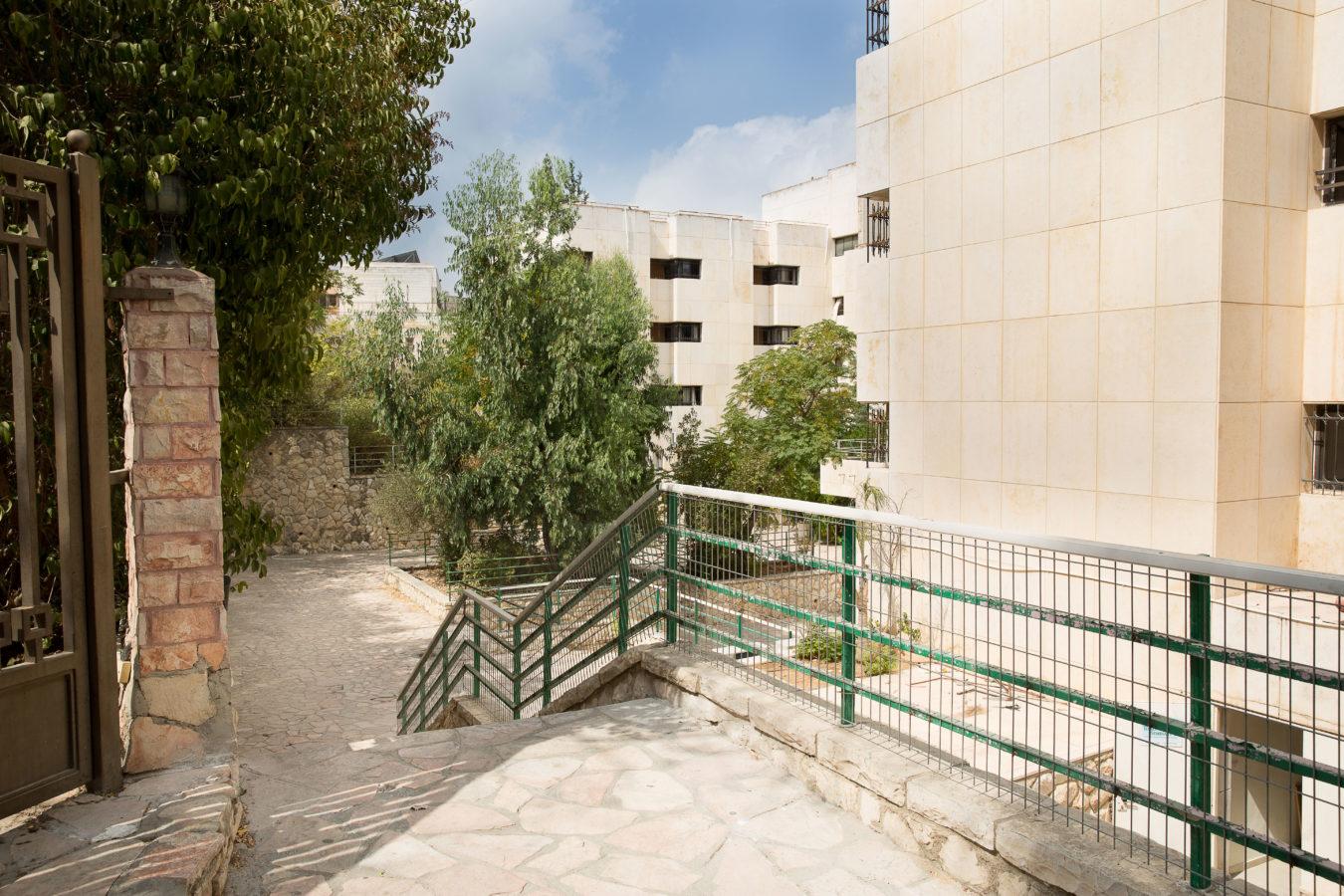 campus-ravmoshe092216-126-2