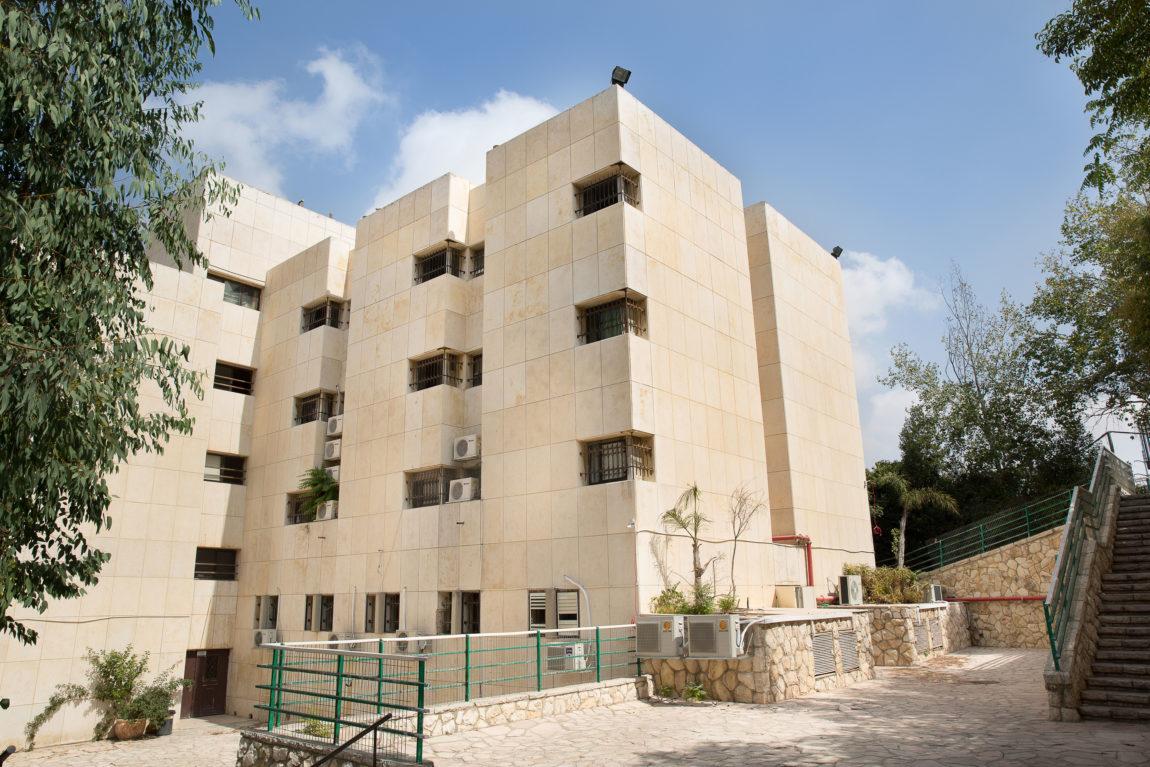 campus-ravmoshe092216-151